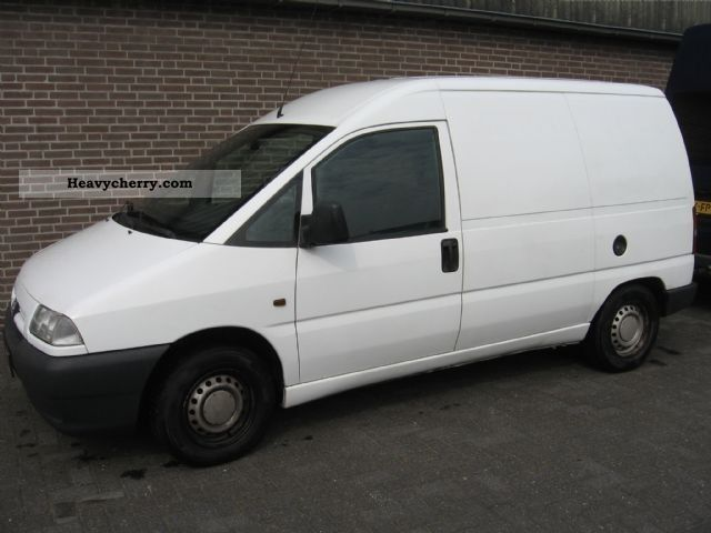 1999 Peugeot  Expert 220C 1.9 D Van or truck up to 7.5t Box-type delivery van photo