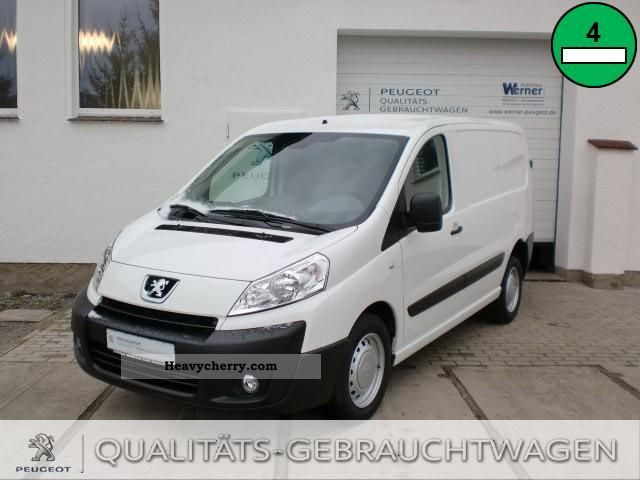 2011 Peugeot  Expert L1H1 FAP Avantage day registration Van or truck up to 7.5t Box-type delivery van photo
