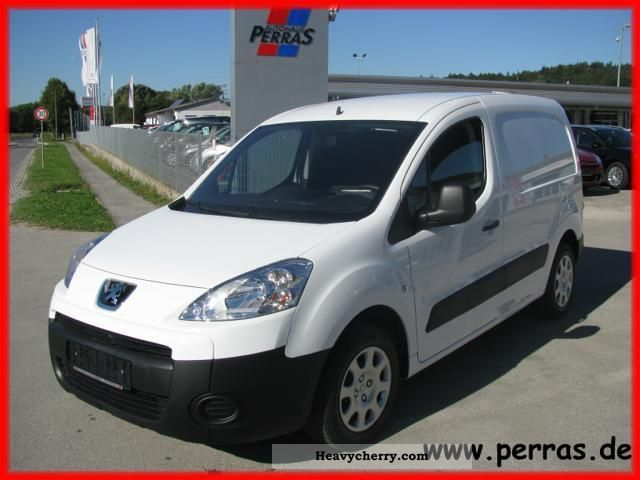 2011 Peugeot  Partners Kawa, HDi 90, automatic climate control Van or truck up to 7.5t Other vans/trucks up to 7 photo
