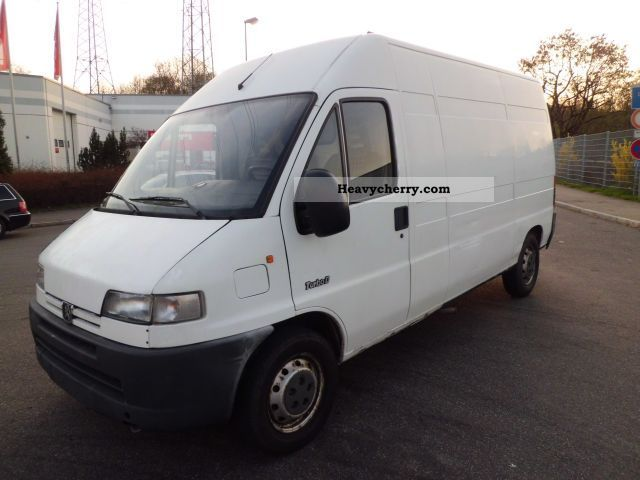 2002 Peugeot  Boxer Van or truck up to 7.5t Box-type delivery van - high and long photo