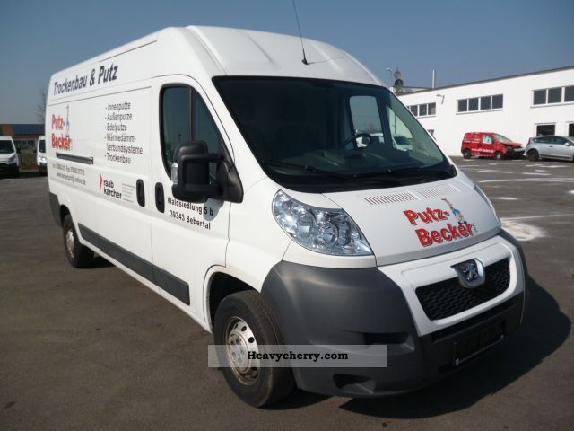2010 Peugeot  Boxer L3H2 HDi Van or truck up to 7.5t Box-type delivery van photo