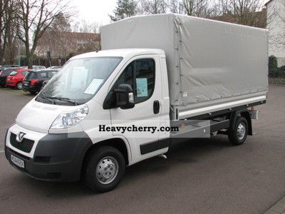 2011 Peugeot  Boxer Flatbed / tarpaulin HDi 335 L3 climate Van or truck up to 7.5t Stake body photo