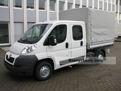 2011 Peugeot  Boxer Flatbed / tarpaulin HDi 333 L2 DoKa climate Van or truck up to 7.5t Stake body photo