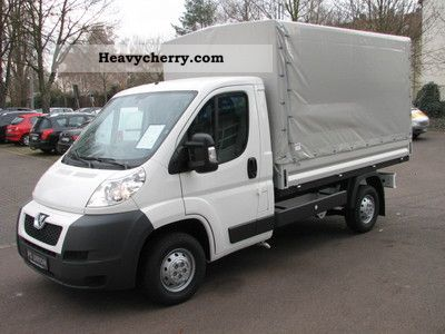 2011 Peugeot  Boxer Flatbed / tarpaulin HDi 335 L2 climate Van or truck up to 7.5t Stake body photo