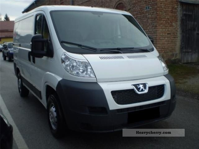 2011 Peugeot  Boxer 330 L1H1 2.2 HDI Air Conditioning Van or truck up to 7.5t Other vans/trucks up to 7 photo