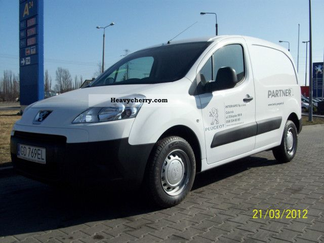 2012 Peugeot  Partner Van or truck up to 7.5t Box-type delivery van photo