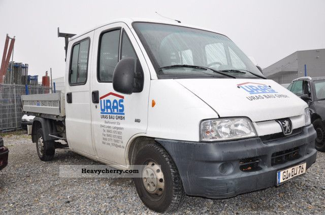 2004 Peugeot  BOXER HDI 2-2 Van or truck up to 7.5t Stake body photo