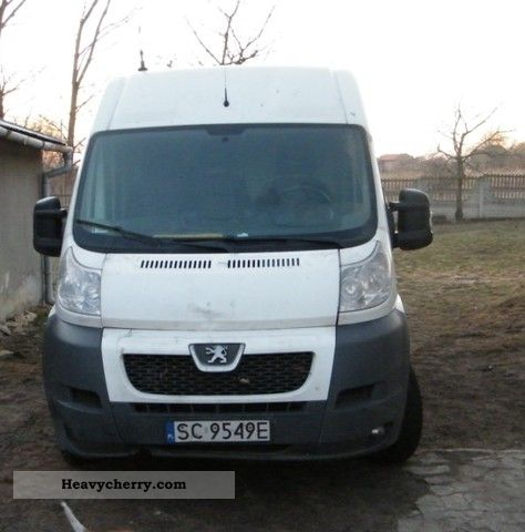2009 Peugeot  Boxer Van or truck up to 7.5t Box-type delivery van - high and long photo