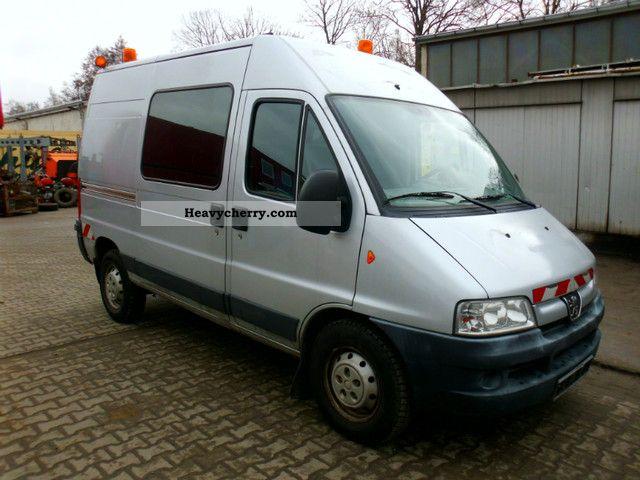 2003 Peugeot  244L van Van or truck up to 7.5t Box-type delivery van photo