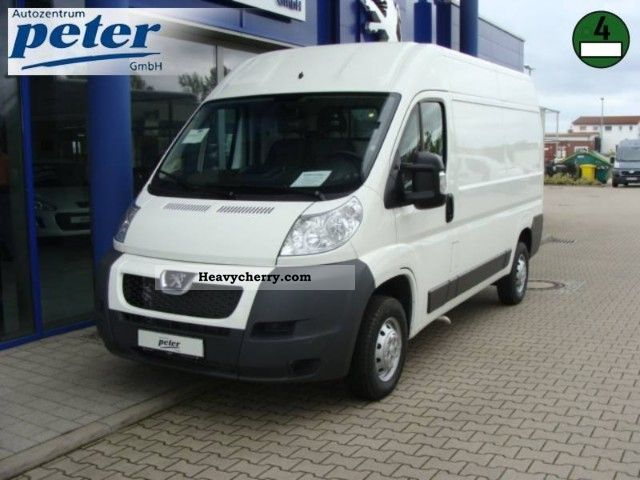 2011 Peugeot  Boxer 333 L2H2 HDi Van or truck up to 7.5t Box-type delivery van - high photo