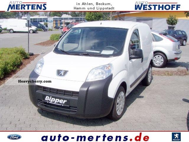 2011 Peugeot  Bipper HDI stop-start, Avantage, sliding door Van or truck up to 7.5t Box-type delivery van photo