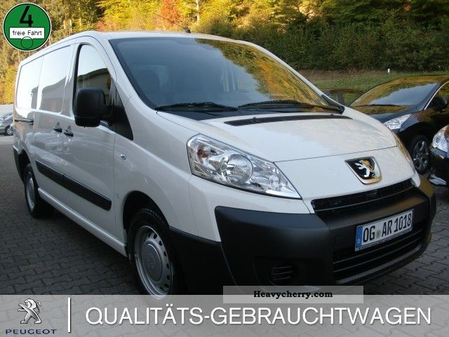 2011 Peugeot  Expert 2.0 HDi L2H1 1.2 ton air-MP3-CD Van or truck up to 7.5t Box-type delivery van photo