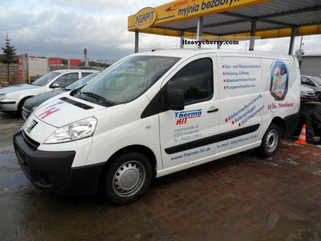 2010 Peugeot  EXPERT Van or truck up to 7.5t Box-type delivery van photo