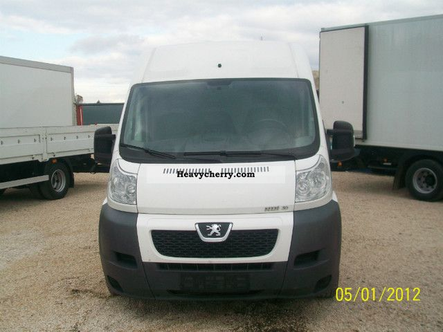 2008 Peugeot  BOXER HDI 3.0 Van or truck up to 7.5t Box photo