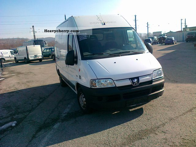 2004 Peugeot  Boxer Van or truck up to 7.5t Box-type delivery van - high photo
