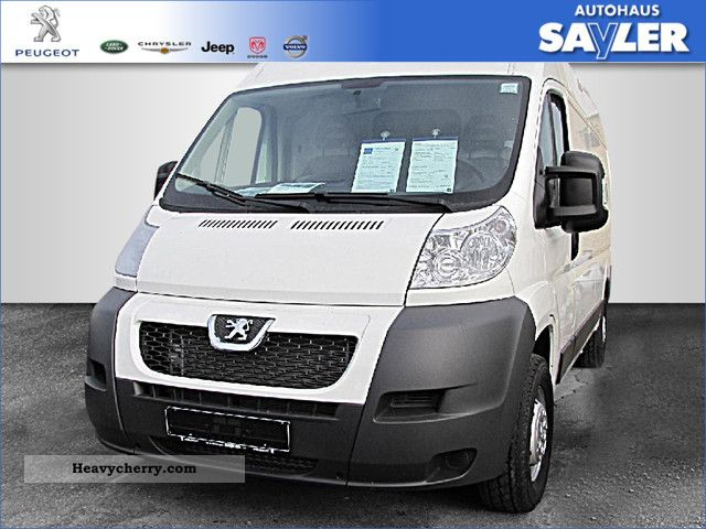 2011 Peugeot  Boxer 335 L3H2 2.2 HDI box Avantage AIR Van or truck up to 7.5t Box-type delivery van - long photo