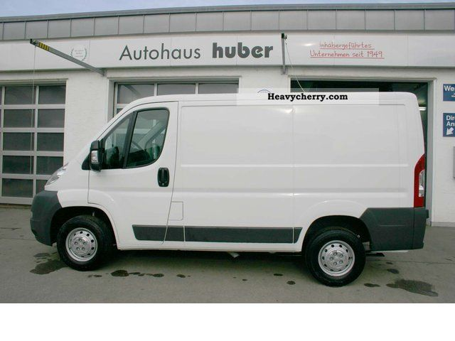 peugeot boxer 330 l1h1 l1h1 2 2 hdi fap ducato 2012 box type delivery van photo and specs. Black Bedroom Furniture Sets. Home Design Ideas
