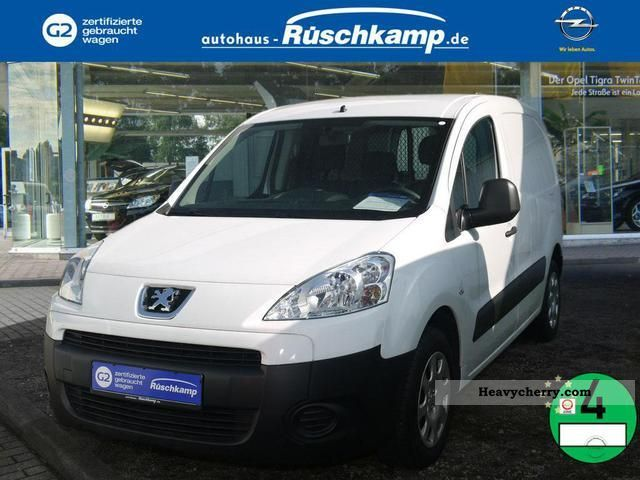 2010 Peugeot  Partner L1 1.6 HDI Van Comfort Van or truck up to 7.5t Estate - minibus up to 9 seats photo