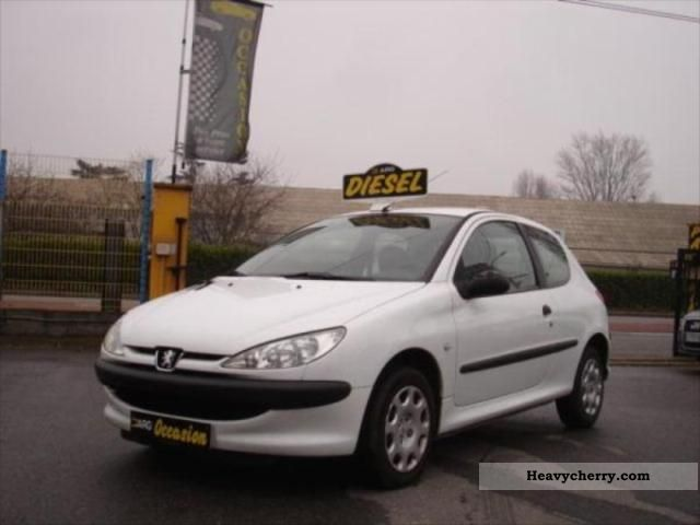 2004 Peugeot  206 1.4 HDI Sté AFFAIRES PACK CD CLIM Van or truck up to 7.5t Box photo