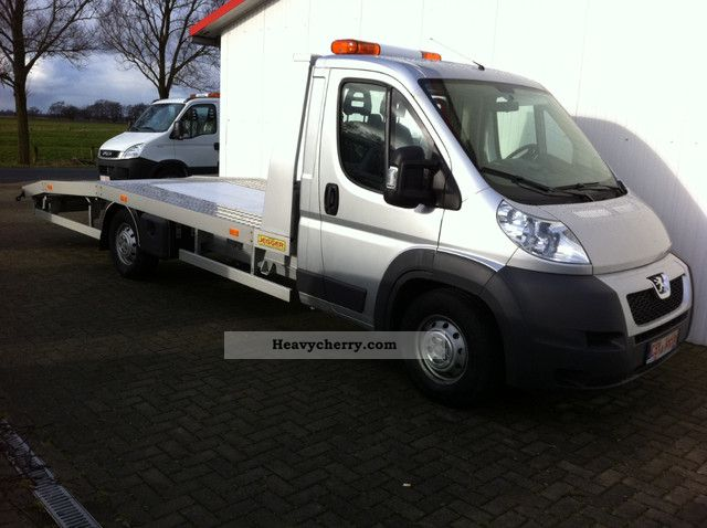 2011 Peugeot  Boxer 3.0 HDI 180 hp - AIR ALUMINUM CONSTRUCTION EURO5 Van or truck up to 7.5t Breakdown truck photo