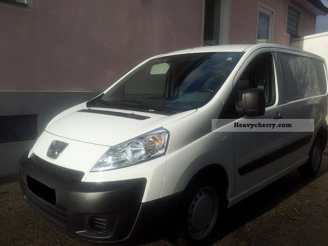 2010 Peugeot  L1H1 HDI 90 hp Van or truck up to 7.5t Other vans/trucks up to 7 photo