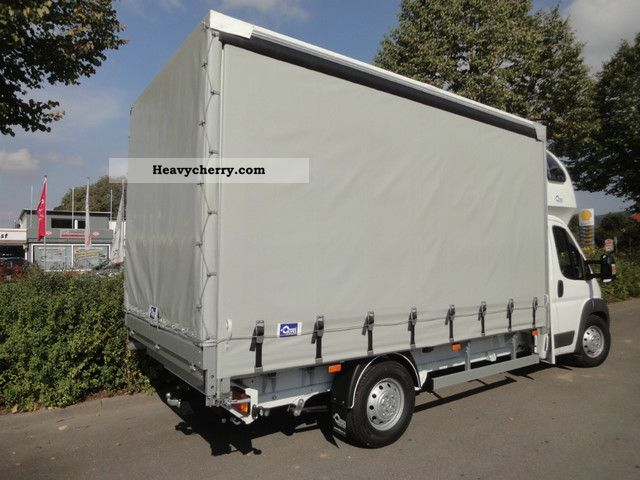2011 Peugeot  Boxer curtainsider 177 hp vehicle *** Fair *** Van or truck up to 7.5t Stake body and tarpaulin photo