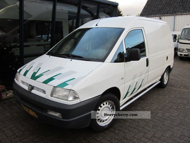 peugeot expert 220c 2 0hdi 2003 box type delivery van. Black Bedroom Furniture Sets. Home Design Ideas