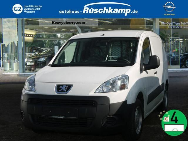 2011 Peugeot  Partner L1 1.6 HDI Van AVANTAGE Van or truck up to 7.5t Estate - minibus up to 9 seats photo