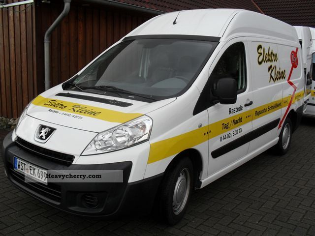 peugeot expert l2 h2 2007 box type delivery van high and long photo and specs. Black Bedroom Furniture Sets. Home Design Ideas