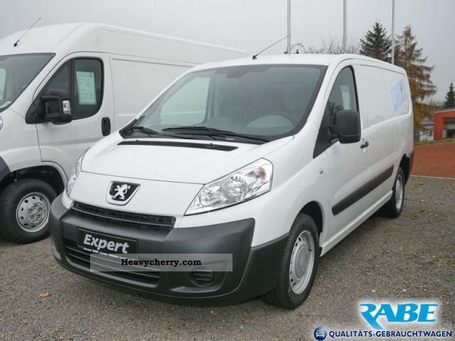 peugeot expert 2 0 hdi l2h1 1 2 t 2011 box type delivery van photo and specs. Black Bedroom Furniture Sets. Home Design Ideas