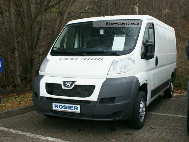 2012 Peugeot  Boxer 330 L2H1 2.0 HDi 130 Van or truck up to 7.5t Box-type delivery van photo