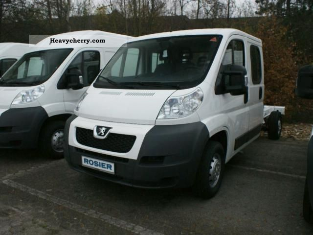 2011 Peugeot  Boxer 2.2 HDI 335 Chassis Double Cab L3 Van or truck up to 7.5t Stake body photo