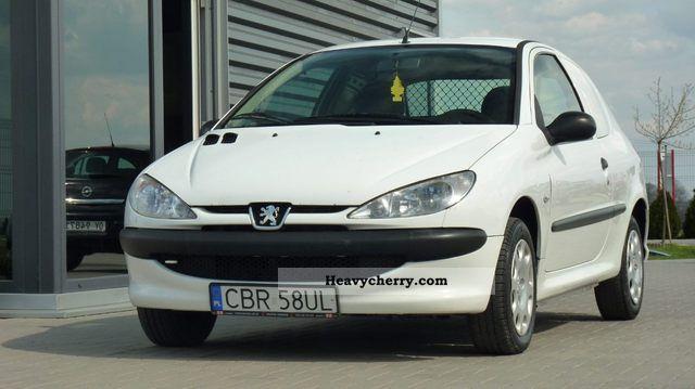 2005 Peugeot  206 1.1 Zarejestrowany Van or truck up to 7.5t Other vans/trucks up to 7 photo