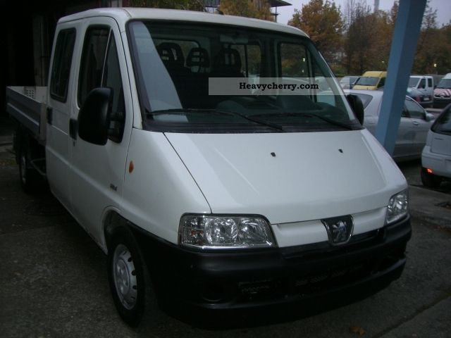 2006 Peugeot  Boxer 2.2 HDI 330L Doka 7 seater Van or truck up to 7.5t Stake body photo