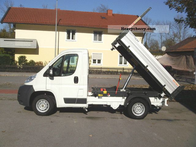 2011 Peugeot  Boxer Van or truck up to 7.5t Three-sided Tipper photo