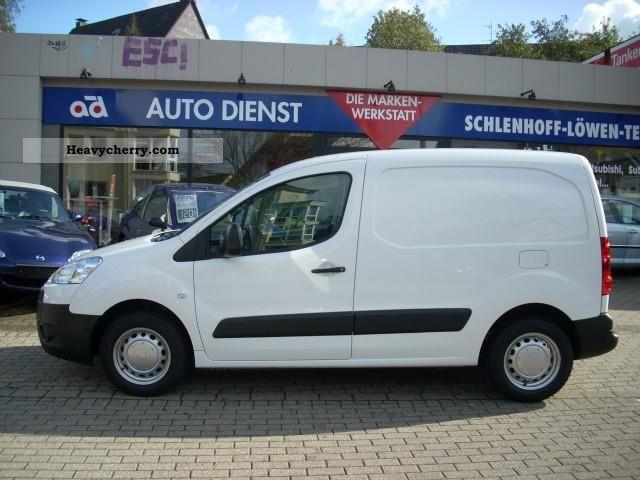 peugeot partner van l1 hdi 75 2010 other vans trucks up to. Black Bedroom Furniture Sets. Home Design Ideas