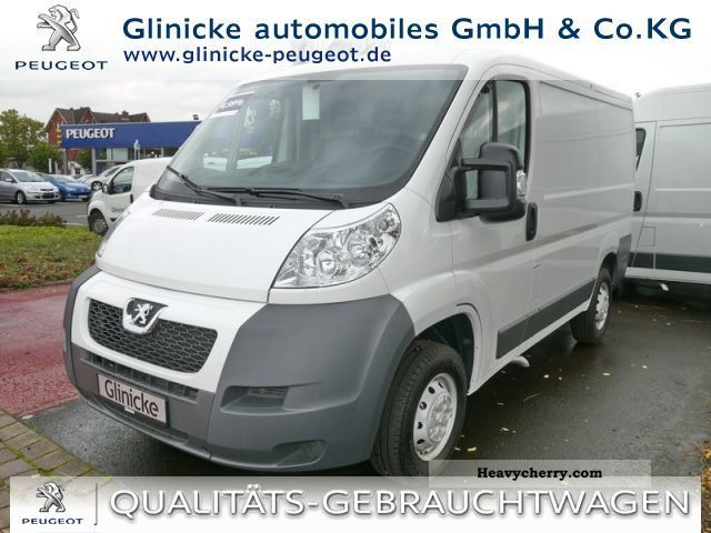 2011 Peugeot  Boxer L1H1 2.2 HDI 330C (Euro 4) Van or truck up to 7.5t Box-type delivery van - high photo