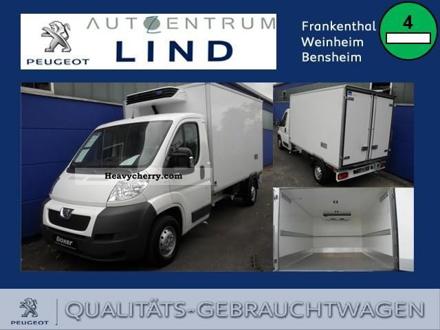 2011 Peugeot  Boxer HDi 120 KÃŒhlkoffer / Thermal expansion of +20 to Van or truck up to 7.5t Stake body photo