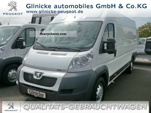 2011 Peugeot  Boxer 3.0 HDi 435 Avantage, air conditioning, radio CD Van or truck up to 7.5t Box-type delivery van - high photo