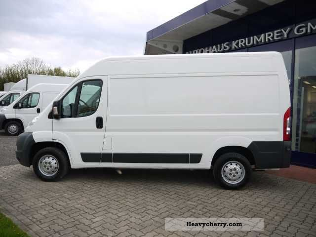 peugeot boxer 333 l2h2 hdi 120 radio cd trim 2010 box type delivery van high photo and specs. Black Bedroom Furniture Sets. Home Design Ideas
