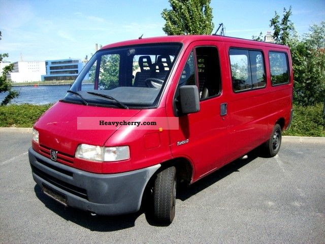 1998 Peugeot  Boxer 2.5 Turbo D combined 6-seater Van or truck up to 7.5t Estate - minibus up to 9 seats photo