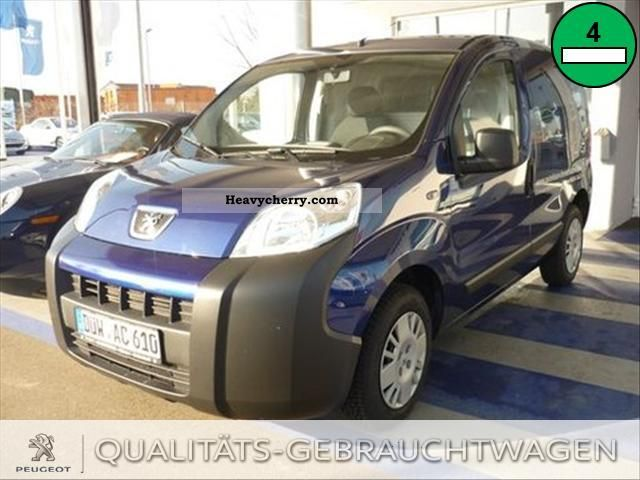 2009 Peugeot  Bipper 1.4 HDi base Van or truck up to 7.5t Other vans/trucks up to 7 photo