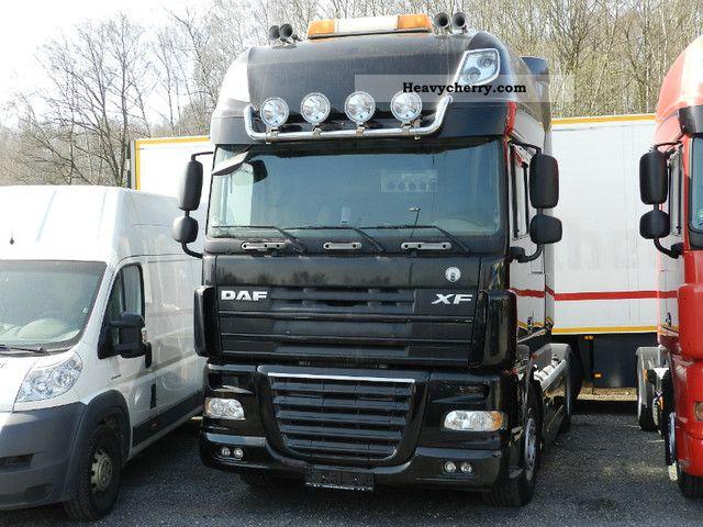 2007 DAF  2x SSC 510 XF105 Super Space CabSKYExclusiv TOP! Semi-trailer truck Standard tractor/trailer unit photo