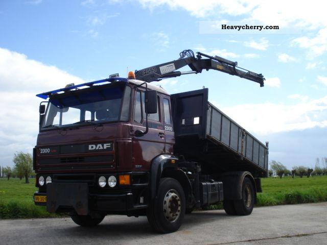 1991 DAF  2300 Turbo tipper + crane Truck over 7.5t Tipper photo