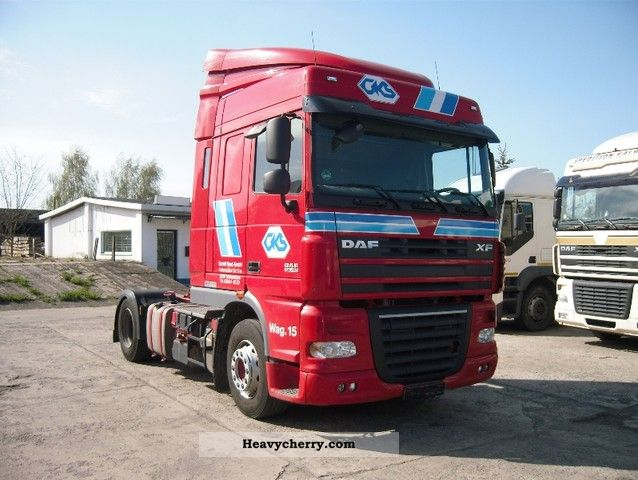 2010 DAF  105 XF 460 SSC Pr.Dat 03.2010 Good for Russia Semi-trailer truck Standard tractor/trailer unit photo