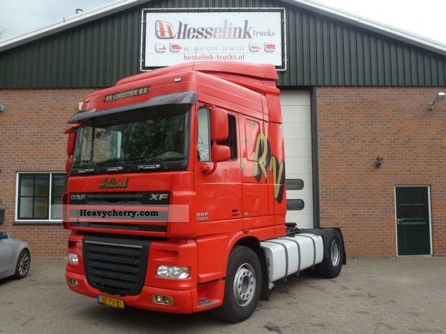 2008 DAF  105.460 SC Manual + Intarder Euro 5 Semi-trailer truck Standard tractor/trailer unit photo