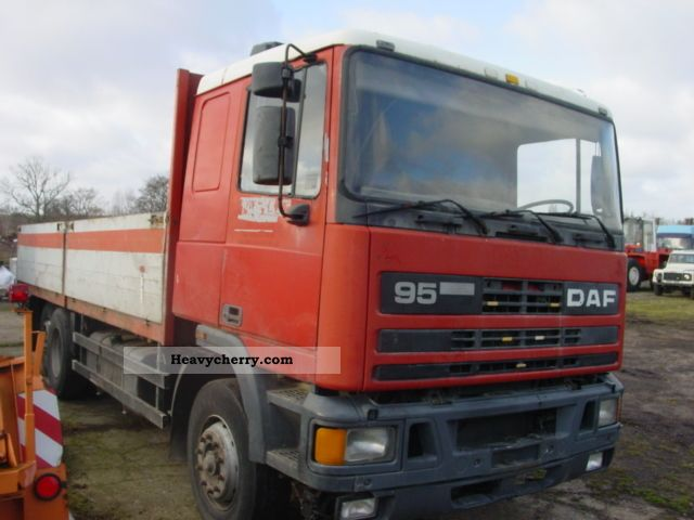 1989 DAF  ATI 95-310 Platform Truck over 7.5t Stake body photo