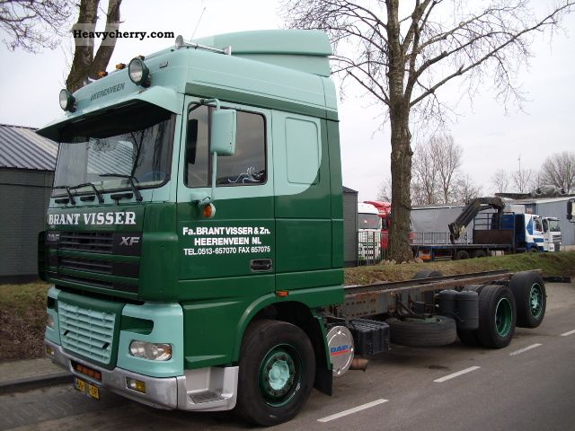 2003 DAF  XF 95 430 6X2 SPACECAB Truck over 7.5t Stake body and tarpaulin photo