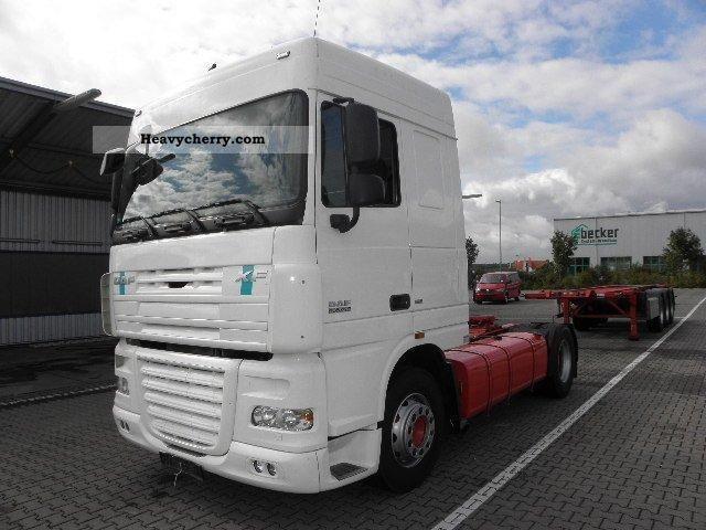 2009 DAF  105.410T XF SC, intarder, ADR, € 5, Nebenantr Semi-trailer truck Standard tractor/trailer unit photo