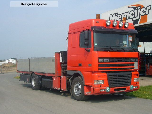 2000 DAF  AE 95 XF, 4x2, Tirre 131, Air Leaf / Truck over 7.5t Stake body photo